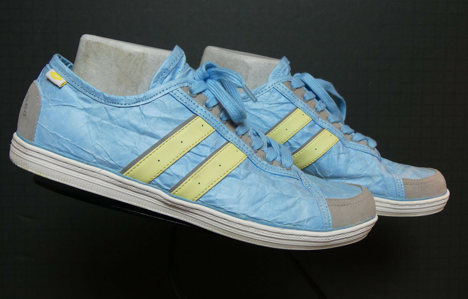 Women's UNSTITCHED UTILITIES bluee and Yellow Tyvek Suede Trim Sneakers 10 MINT