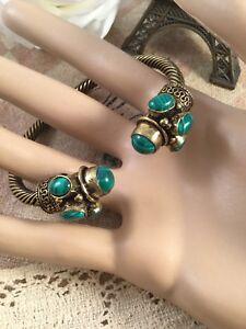 Vintage-Bronze-Bangle-Green-Malachite-Stones-Victorian-Antique-Etruscan-Revival