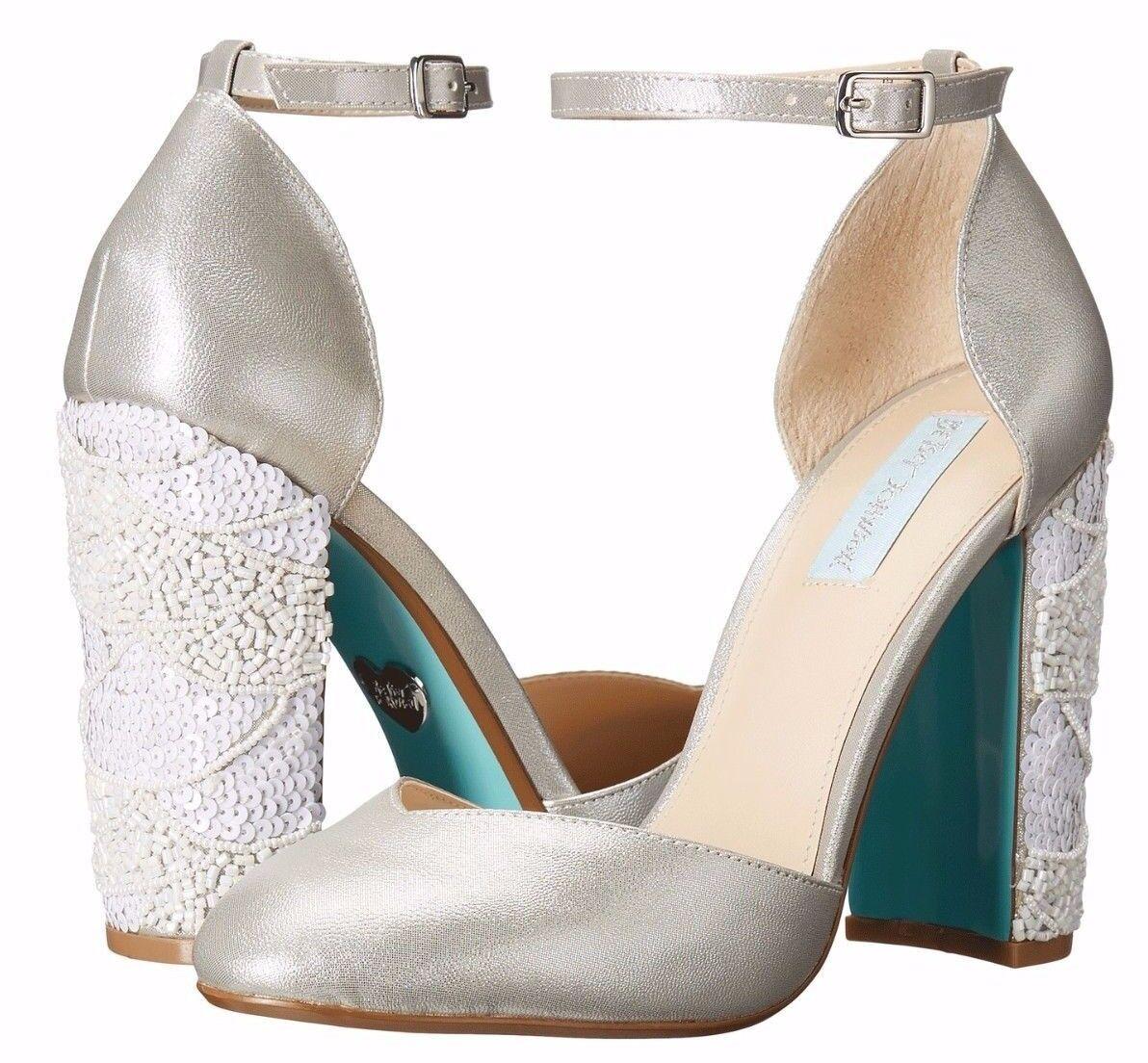 bellissima NUOVO blu by Betsey Johnson Sz7US Sybil Con Perline Perline Perline Tacco Sandalo argentoo Shimmer  grande sconto