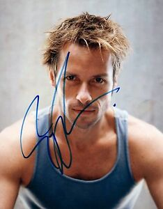 Guy-Pearce-Signed-Autographed-8x10-Photo-The-Proposition-Iron-Man-3-COA-VD