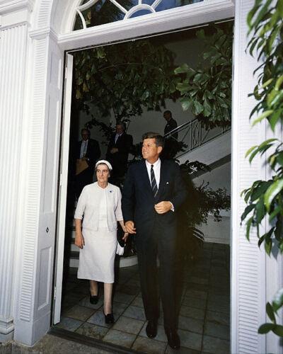 PRESIDENT KENNEDY FOREIGN MINISTER GOLDA MEIR 8x10 SILVER HALIDE PHOTO PRINT
