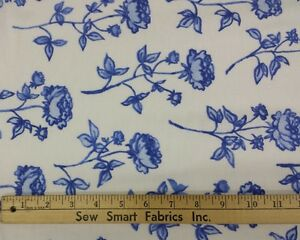 100-Cotton-Flannel-Ink-Blue-Flowers-on-White-68-034-W-3-yd-Piece