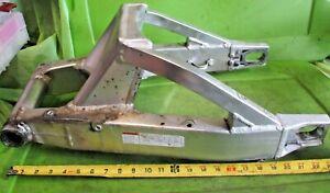 00-03-Suzuki-gixxer-GSXR-gsx-R-gsxr750-600-750-1000-Rear-Swingarm-swing-arm