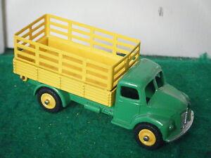 Dinky-No-343-034-Dodge-Farm-Truck-034-Green-Yellow-YELLOW-PLASTIC-HUBS-RARE