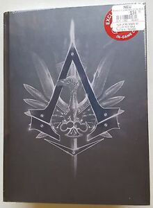 Assassins-Creed-Syndicate-Collectors-Edition-Hardcover-Strategy-Guide-Necklace