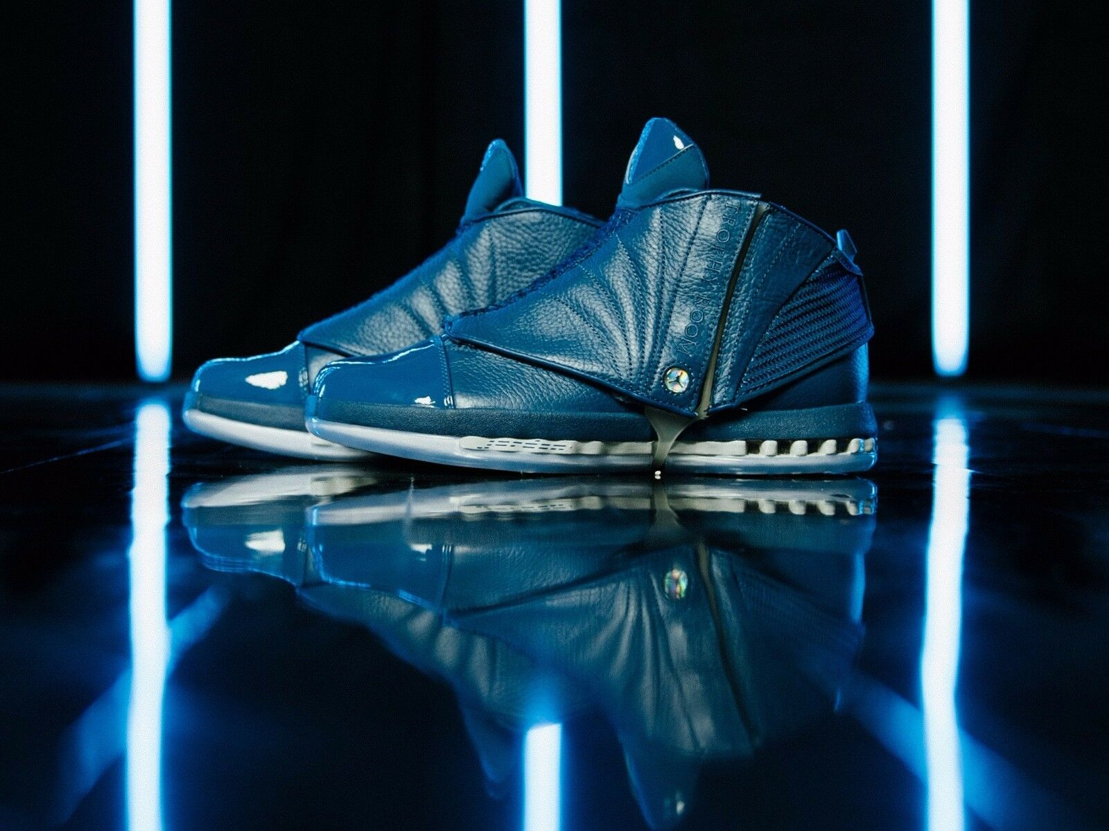Nike Retro Air Jordan 16 XVI Retro Nike Trophy Room QS size 12. Blue Navy. 854255-416. 61c45d