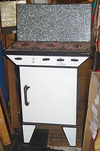 Antique-WATERMAN-30-039-s-Gas-Stove-3-burner-Oven-amp-Broiler-amp-Warming-Oven