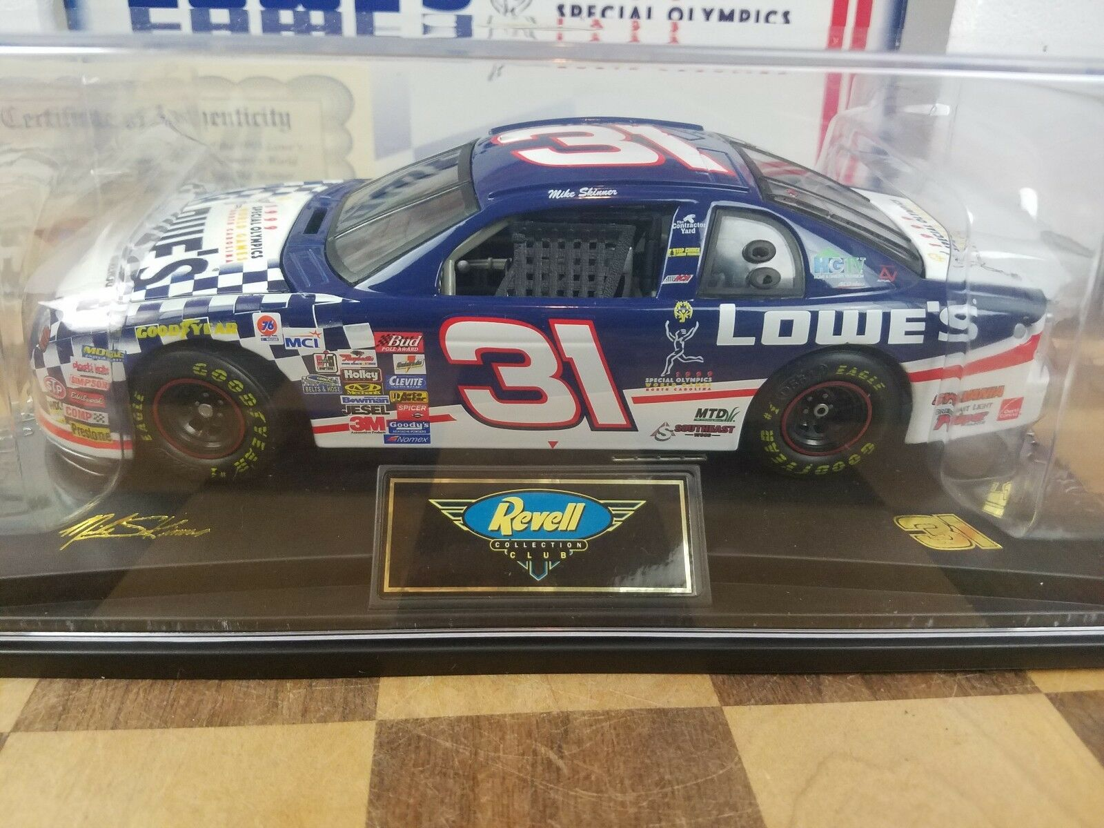 NEW Revell 1 24 Mike Skinner Lowe's Special Olympics 1998 Chevy 1 OF 1002
