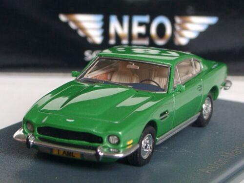 87457-1//87 grün-met NEO Aston Martin V8