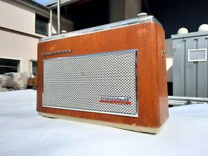 Radio-Nordmende-Transita-Automatic-TS-De-Luxe-Kofferradio-transistor-VINTAGE