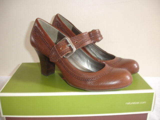 NEW NATURALIZER VERSTOOD N5 COMFORT Size 7 BROWN COFFEE HEELS SHOES BUCKLE COMFY