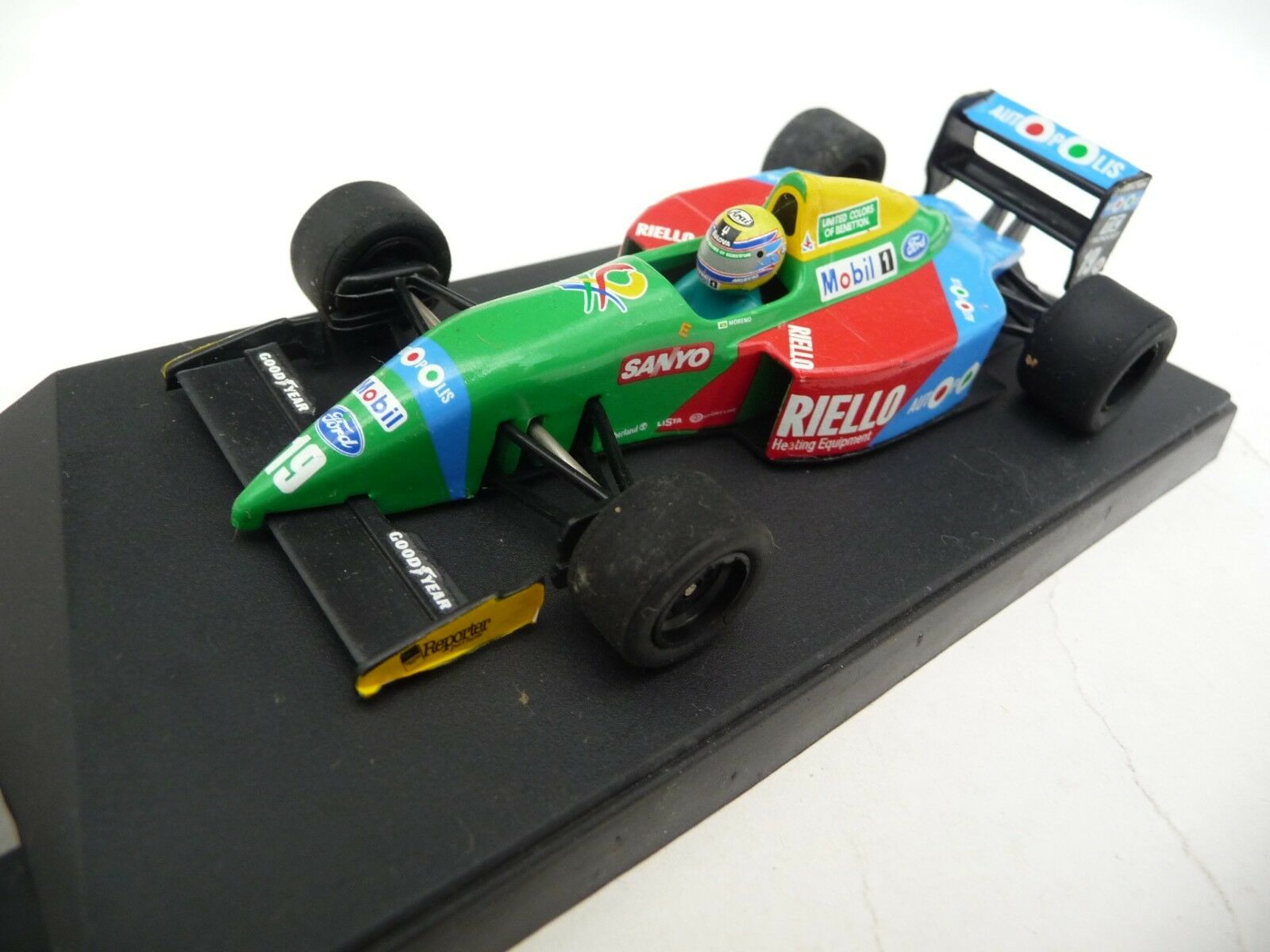 Onyx 1 43 Benetton Ford B190 Roberto Moreno ONYX079B