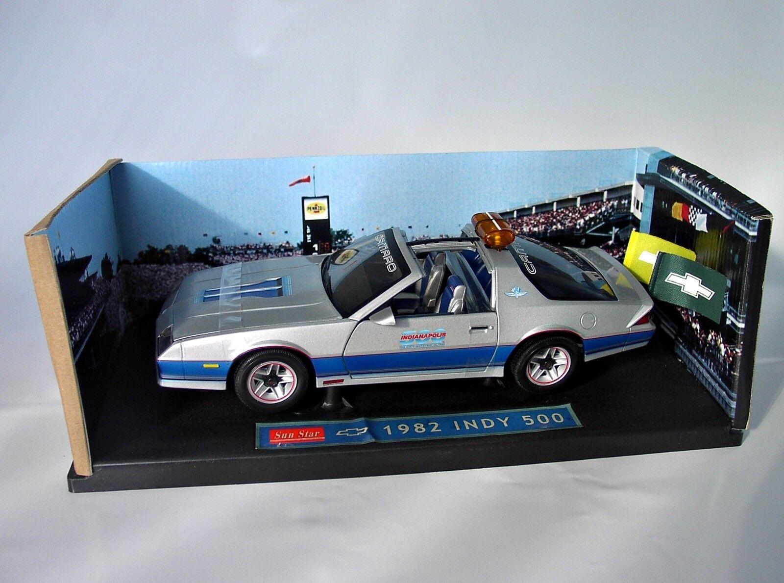 1 18 Sunstar 1982 Chevrolet Camaro Indianapolis 500 Pace Car  | Ästhetisches Aussehen