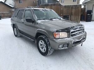 2003 Nissan Pathfinder 4x4 automatic