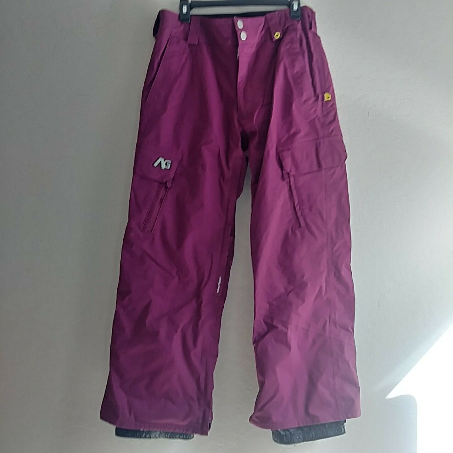 Analog Syd Ski Snowboard Pant Pink Fushia Small 10K Waterproof Breathable  190