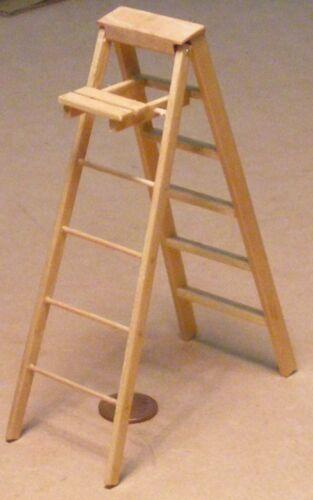 1:12 Scale Natural Finish Folding Large Wood Step Ladder Tumdee Dolls House 810