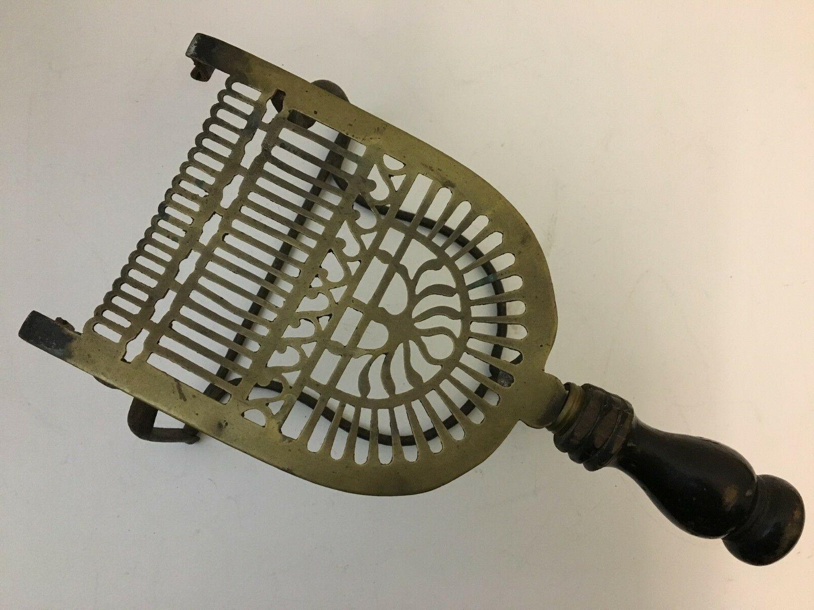Antiker georgischer Brass Fireplace Kettle Trivet Cast Iron Range Stand Pot (QP224)