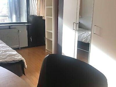 8220 værelse, kvm 16, mdr forudbetalt leje