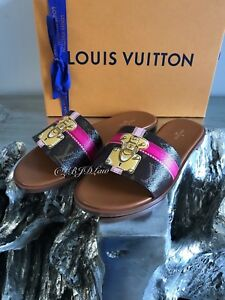 b290be05ef7 LOUIS VUITTON 2018 SUMMER TRUNKS Mono Lock It Flat Mule Slides 8 ...
