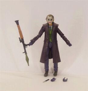 DC-Comics-Batman-Arkham-City-The-Dark-Knight-THE-JOKER-action-FIGURE-w-gun-6-034