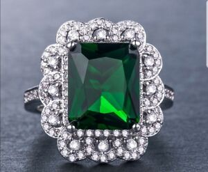 Beautiful-vintage-look-Emerald-and-White-Topaz-Silver-Plated-Ring-Size-O-1-2