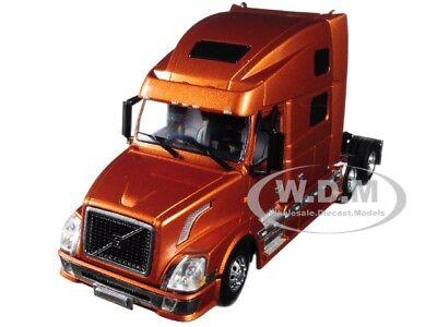 VOLVO VN 780 6x4 bronze WSI Models  33-2031 1:50
