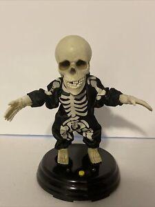 Gemmy Halloween Animated Dancing Singing Skeleton Grave Raver La Vida Loca Viedo