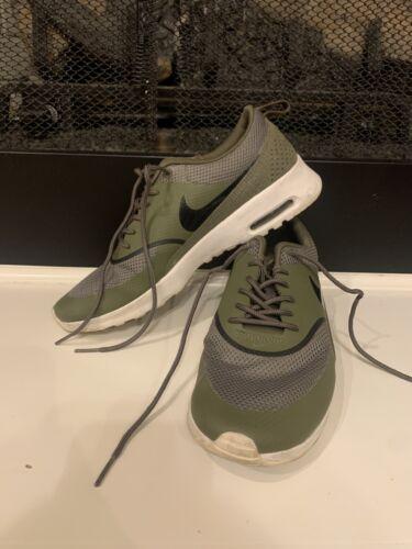 Nike Thea Sz9.5