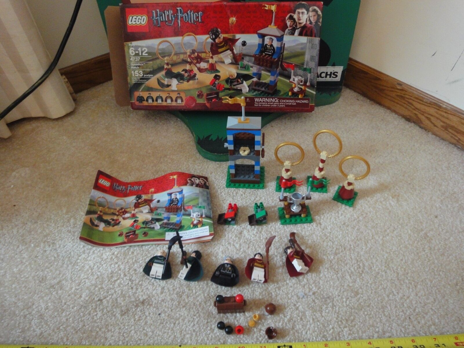 Lego Harry Potter 4737 Quidditch Match Set. Complete with minifigs  Nice