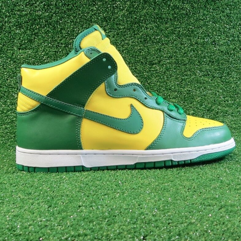 Nike Brazil Dunk High 10.5 - DEADSTOCK - (2003) unlv low world cup