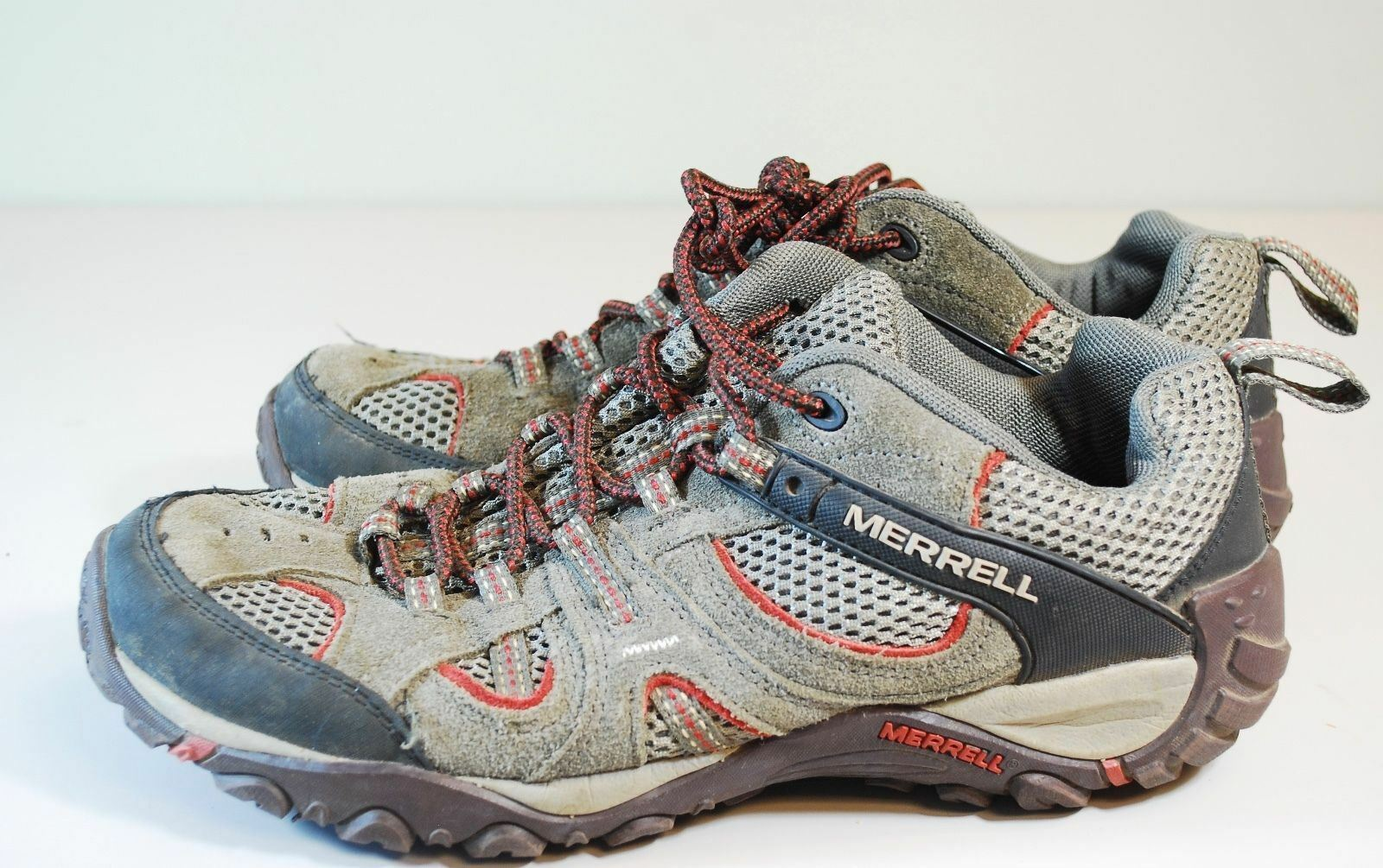 MERRELL SUEDE HIKING Schuhe - MEN'S SIZE 8 - SUEDE MERRELL LEATHER LACE-UP LOW TOP SNEAKERS aac028