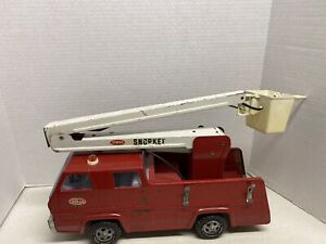 VINTAGE-TONKA-SNORKEL-FIRE-TRUCK-TOY-PRESSED-STEEL-13200