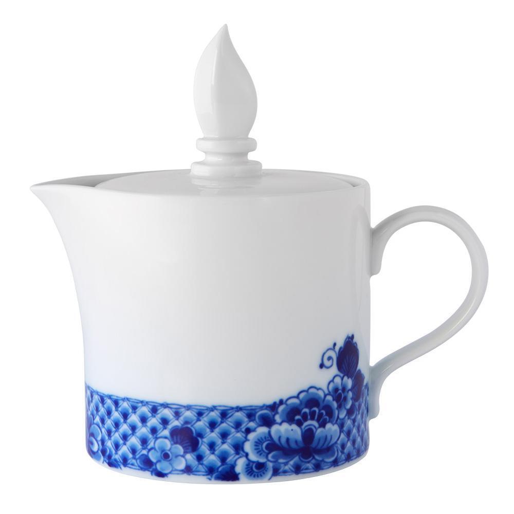 Vista Alegre Porcelain bluee Ming Tea Pot