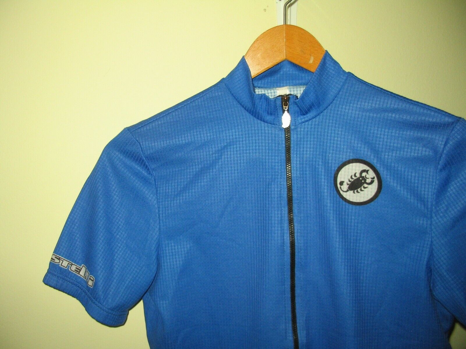 Castelli Vintage road cycling  jersey classic royal 90s bluee Made in  Small  welcome to choose