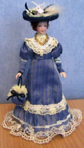 1/12 Dolls House miniature Lucy Doll Elegant Blue Dress lady woman Purse bag LGW
