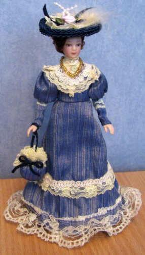 1//12 Dolls House miniature Lucy Doll Elegant Blue Dress lady woman Purse bag LGW