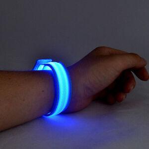 LED-Brillante-Pulsera-Brazalete-Noche-Moto-Jinete-Seguridad-Vial-Cumpleanos