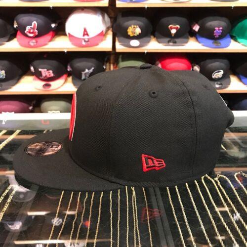 New Era Deadpool Snapback Hat All Black//Red