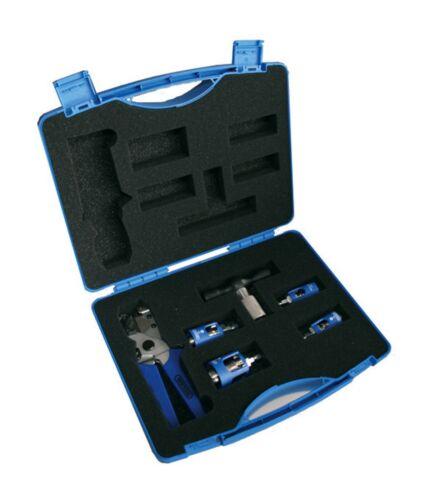 Wavin Rohr Kalibrierer Set Leihkoffer 16-32 mm mit Handgriff und Schere