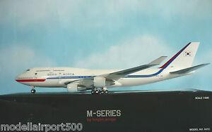 Hogan-Wings-1-200-Boeing-747-400-COREA-AIR-FORCE-0472-Herpa-Wings-catalogo