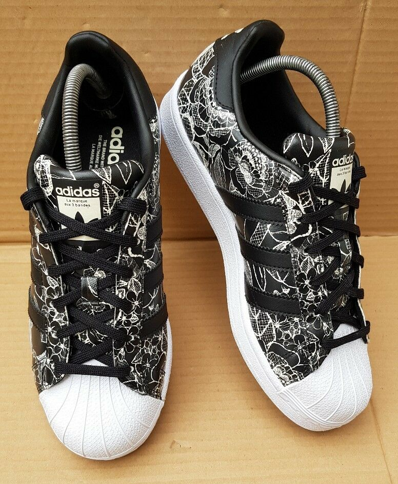 ADIDAS SUPERSTAR FLORAL TRAINERS noir & blanc FLORAL SUPERSTAR PRINT DESIGN Taille 6IMMACULATE eb5c6a