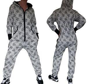 NEU-Onesie-Overall-Hausanzug-Sportanzug-Jumpsuit-Kapuze-bedruckt-schwarz-weiss