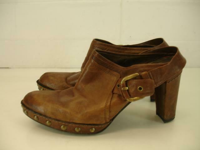 Womens 9.5 M Stuart Weitzman Brown Leather Studded Mule shoes Booties High Heels