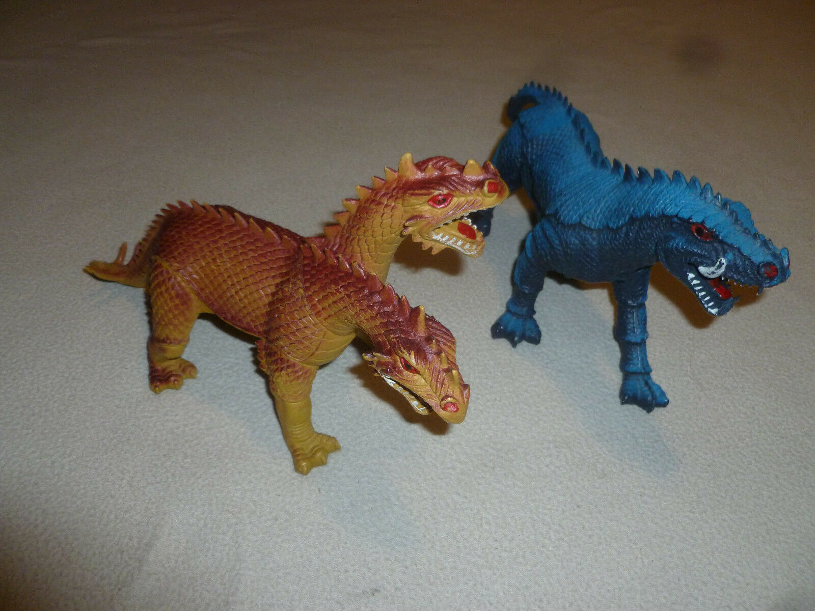 VINTAGE IMPERIAL FIGURE LOT DOUBLE HEADED DRAGON SABERTOOTH SERPENT blu 1980S