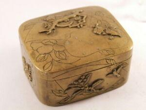vintage-lovely-brass-snuff-box-pills-box-antique-very-nice