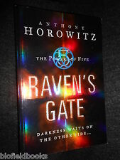 SIGNED; ANTHONY HOROWITZ - Raven's Gate- 2005-1st -   The Power of Five, Book 1