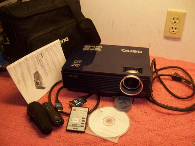 BenQ MP721 DLP Portable Projector w/Case, Remote, HDMI cable, Logitech Pointer