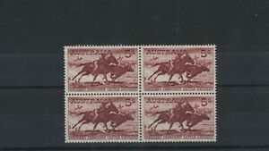 1961 Australia SG 327 Stockman Block of Four 2 MNH 2 MLH Cream Paper