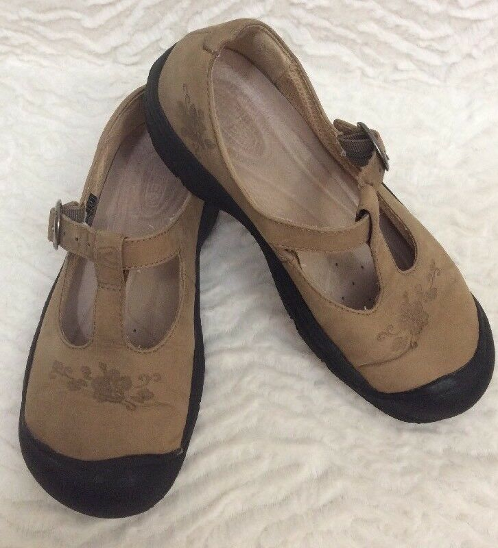 Keen Mary Jane shoes loafers US 7.5 tan Nubuck leather embossed flower t strap