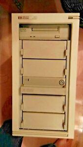 D3611A-HP-RACKABLE-STORAGE-HOLDS-5-SCSI-DRIVES-1GB-amp-Surestore-DAT
